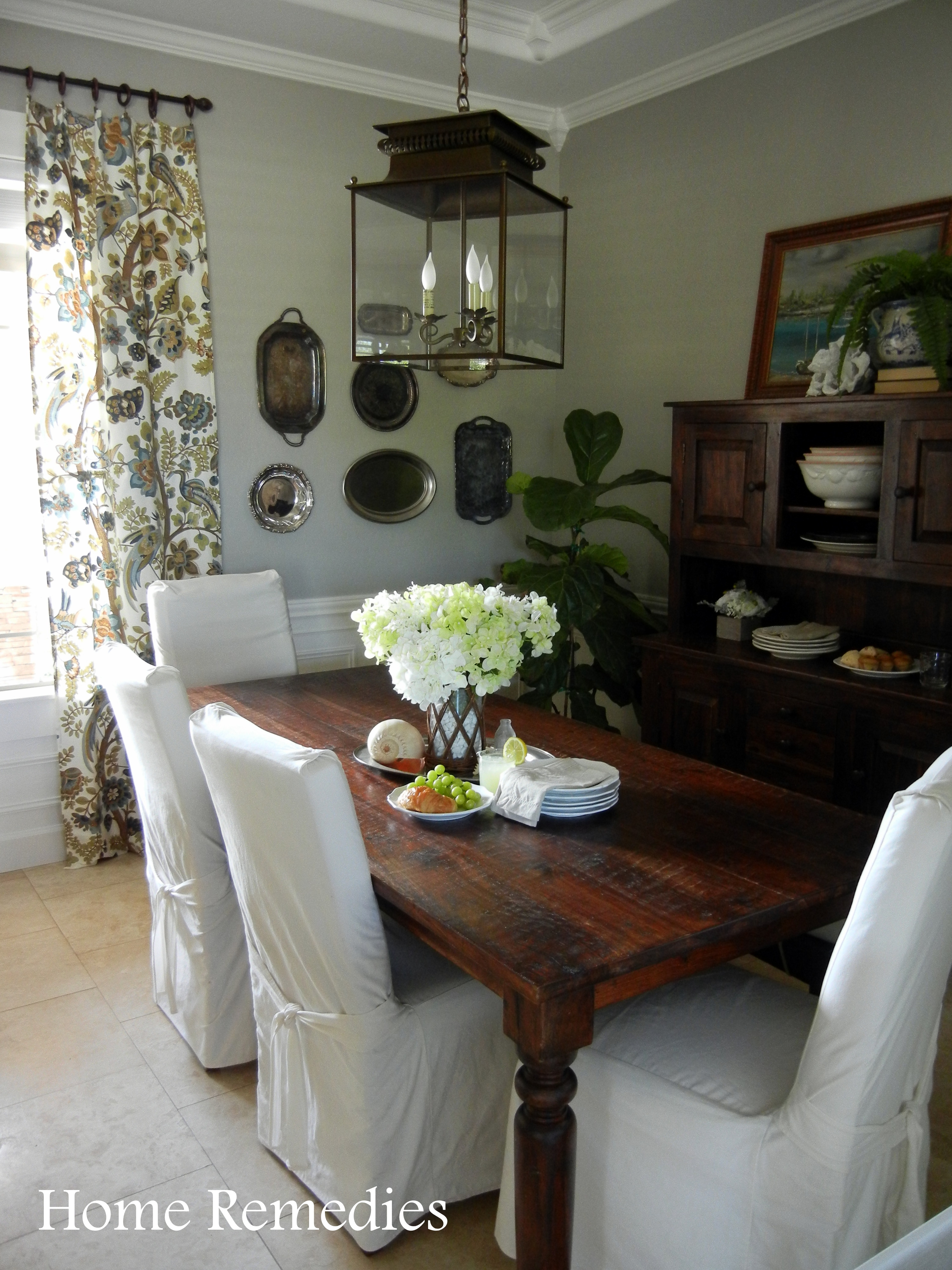 Seaside Farmhouse Dining Room