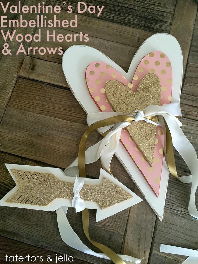 valentines.day_.wood_.hearts.and_.arrows