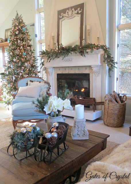 TT Christmas Home Tour from Gates of Crystal